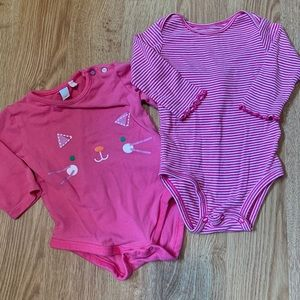 5/$20 Bundle of 2 long sleeve, onsies